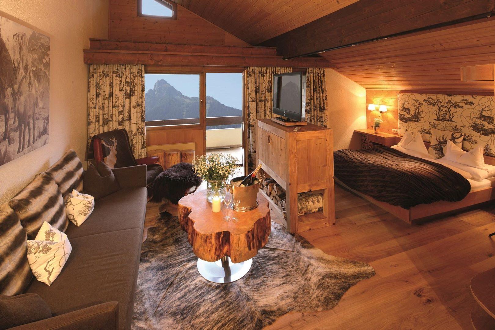 jagdsuite alpenrose in schruns montafon vorarlberg. Black Bedroom Furniture Sets. Home Design Ideas